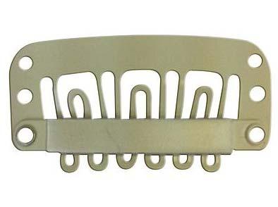 Los clips sirven para enganchar las extensiones a nuestro propio cabello