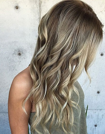 color de pelo castaño claro