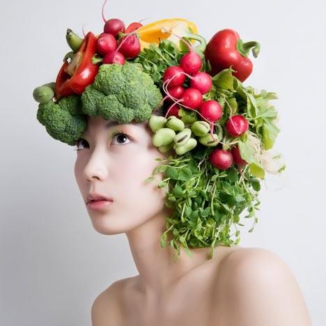 la alimentación saludable es clave para un pelo sano