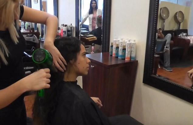 la keratina alisa el pelo y elimina el frizz