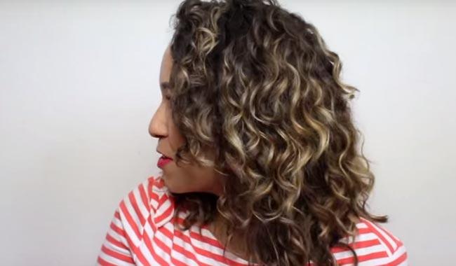 aporta volumen al cabello y frescura al rostro