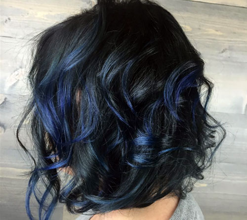 Balayage Azul Oscuro Cabello Corto
