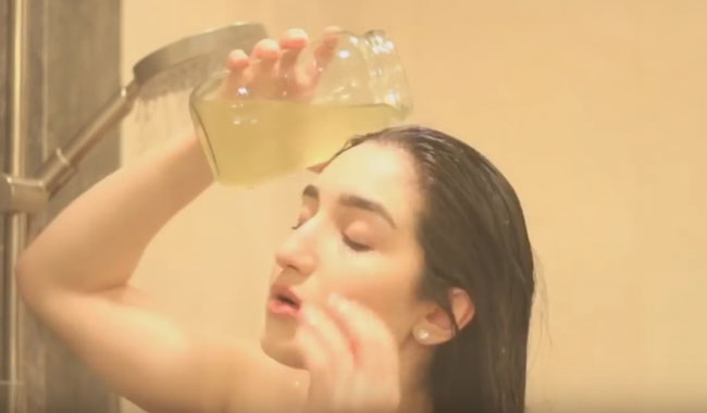 para hidratar el pelo seco