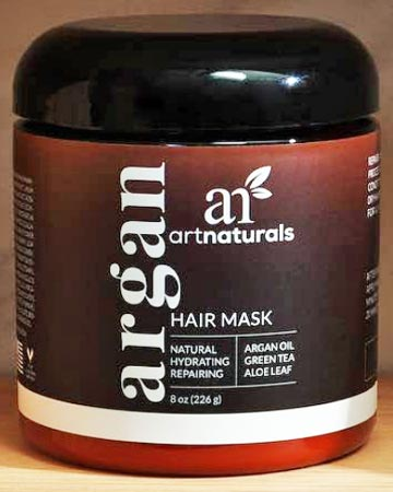 moisturizes and smooths damaged hair