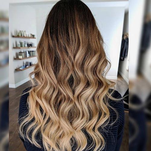 pelo con reflejos y ondas