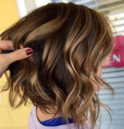 Rayitos dorados en pelo corto