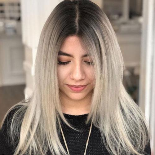 Color de pelo ceniza claro