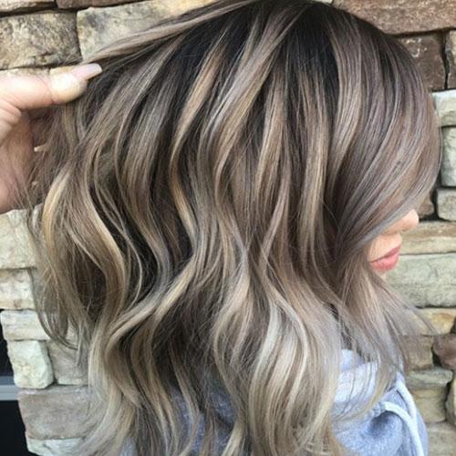 Color de pelo cenizo para morenas