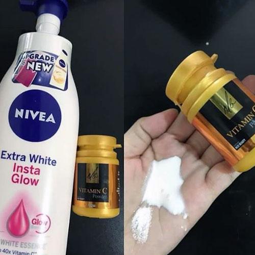 with vitamina c and shampoo