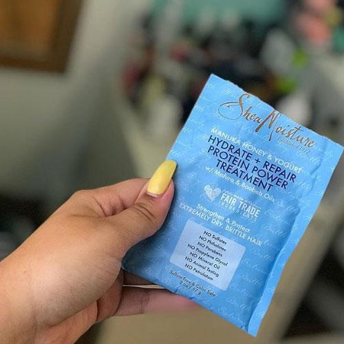 hidrata y repara cabellos rizados 4c