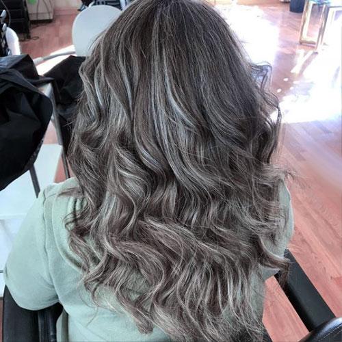 confundir canas con resto del pelo