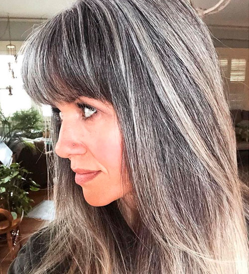 Is It Better To Highlight Or Color Gray Hair Choose Here The Best Option For Your Hair