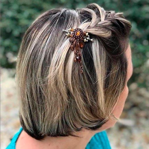 wear hair accessories