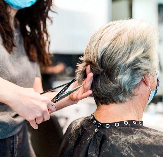 cortar pelo seco lleva mas tiempo