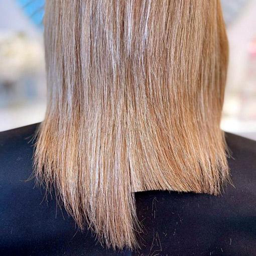 mitad de pelo con puntas ya cortadas