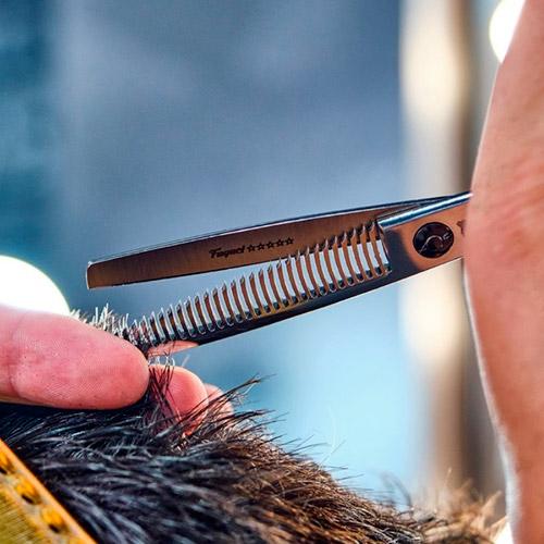 quitar volumen al cabello
