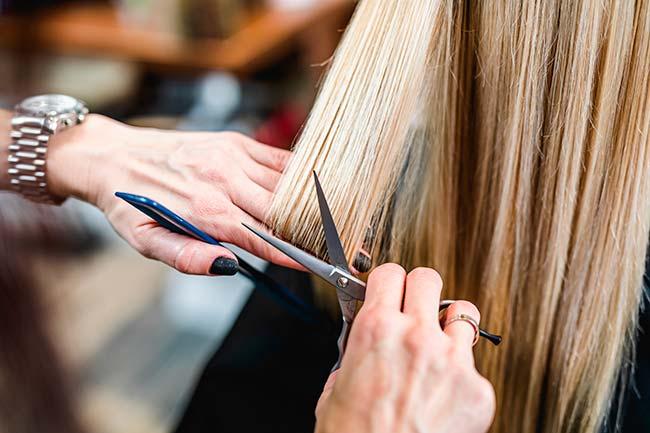 cortar las puntas antes de teñir